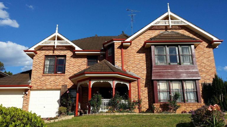 Advanced Painting professionally paint houses throughout Baulkham HIlls